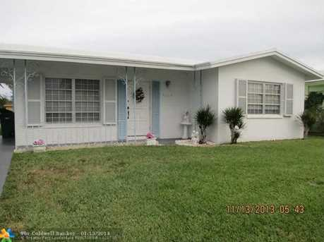 6006 NW 67th Ter - Photo 1