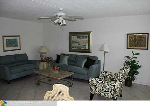 27 Upminster B, Unit # 27 - Photo 1