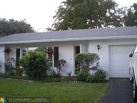 9102 NW 67th Ct - Photo 1