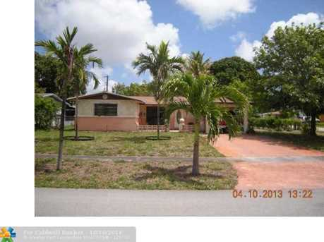 1100 NW 45th Ave - Photo 1