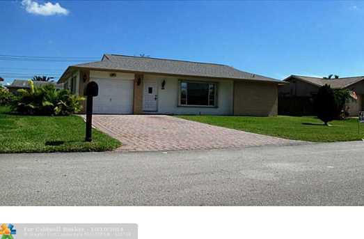 6614 NW 96th Ter - Photo 1