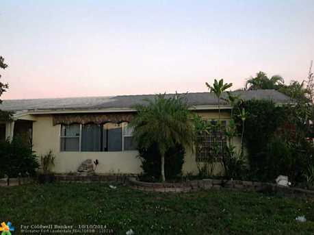 8206 NW 73rd Ave - Photo 1