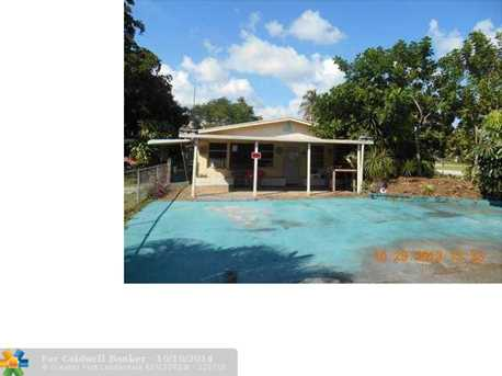 1735 SW 29th Ave - Photo 1