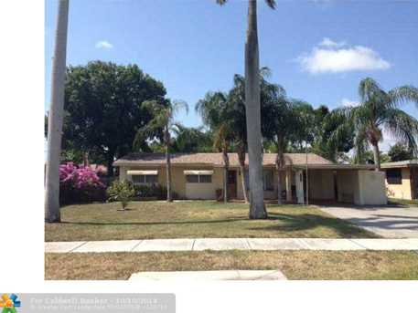 3430 SW 17th St - Photo 1