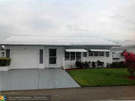 8303 NW 59th Pl - Photo 1