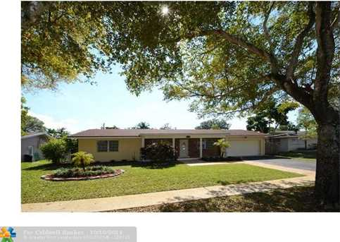 7360 NW 14th St - Photo 1