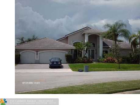6320 NW 72nd Pl - Photo 1