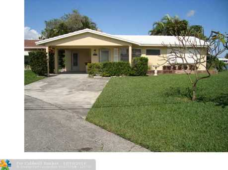 2507 NW 51st St - Photo 1