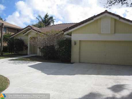 4422 NW 65th St - Photo 1