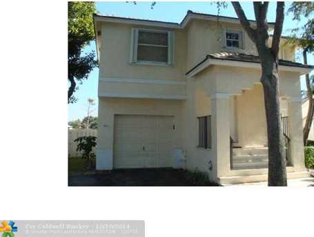 842 NW 98th Ave - Photo 1