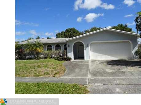 628 SW 18th Ave - Photo 1