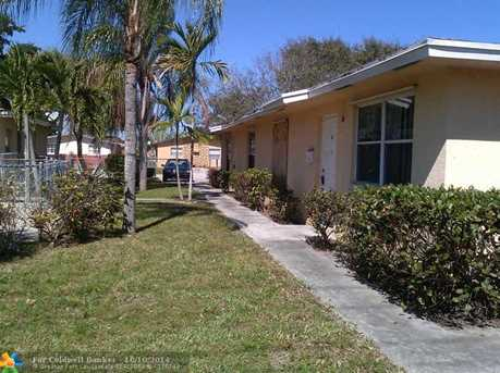 3604 SW 14th St - Photo 1