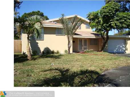 221 SW 31st Ave - Photo 1