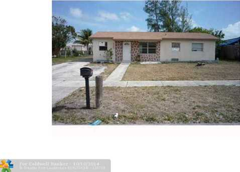 1060 SW 8th Ave - Photo 1