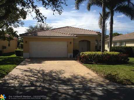 4390 NW 41st Pl - Photo 1