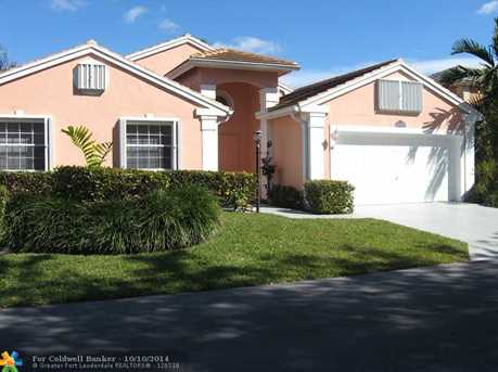 576 NW 48th Ave - Photo 1