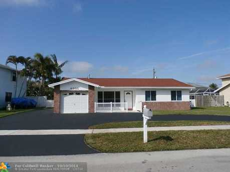4805 NW 113th Ave - Photo 1