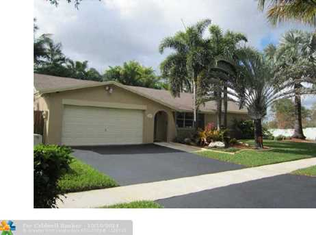 11410 SW 116th Ter - Photo 1