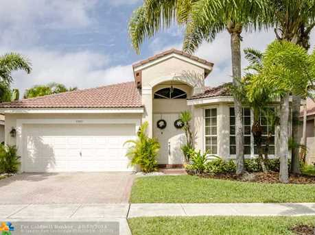 17437 SW 29th Ct - Photo 1