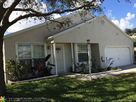 1031 SW 133rd Ter - Photo 1