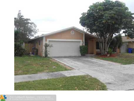 386 SW 33rd Ter - Photo 1