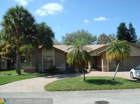 8700 NW 49th Dr - Photo 1