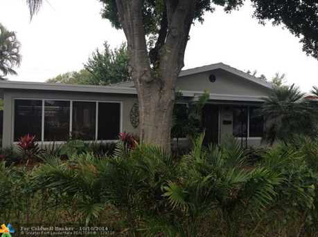 732 NW 29th St - Photo 1