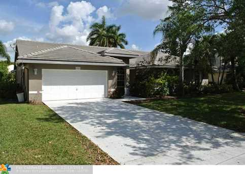 6251 NW 42nd Ct - Photo 1