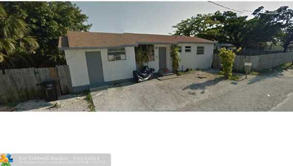 360 NW 8th St - Photo 1