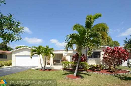 10497 NW 4th St - Photo 1
