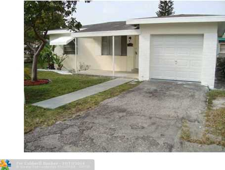 600 NW 10th St - Photo 1