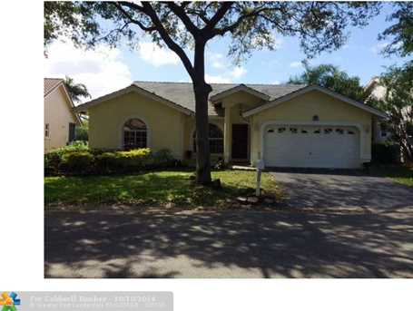 10320 NW 48th Ct - Photo 1