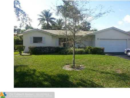11190 NW 40th St - Photo 1