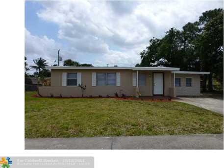 3620 NW 4th St - Photo 1