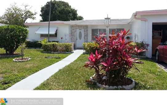 4598 NW 39th St - Photo 1