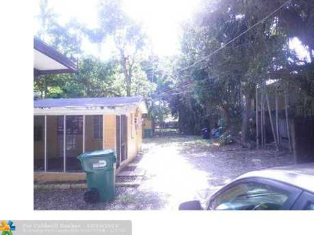 5620 SW 67th Ave - Photo 1