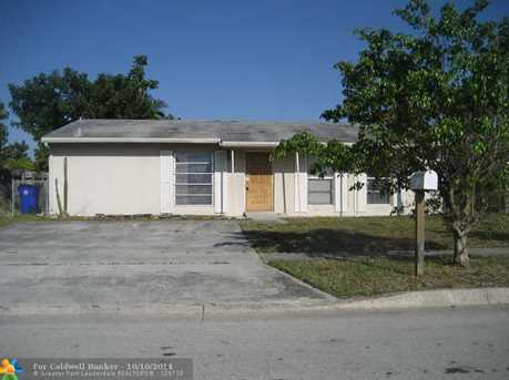 180 SW 75th Ter - Photo 1