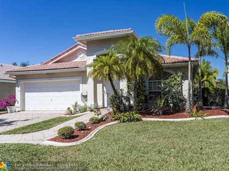 13806 NW 22nd Ct - Photo 1