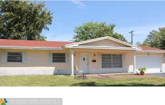 7401 NW 11th Ct - Photo 1