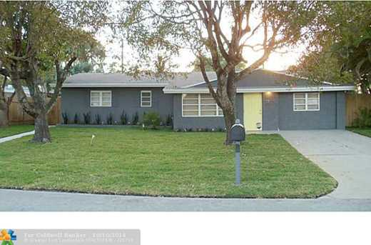 2801 NW 7th Ave - Photo 1