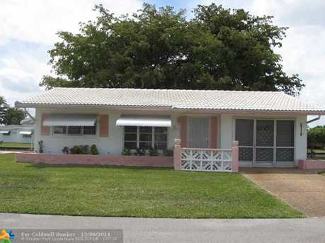5719 NW 66th Ter - Photo 1