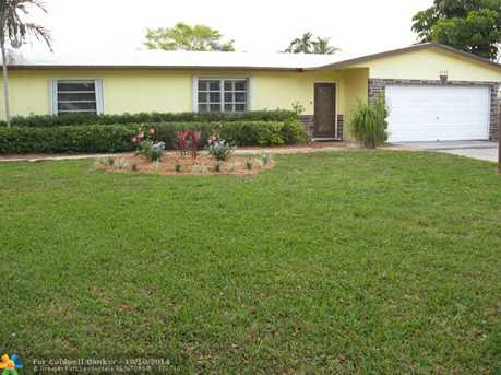 4555 NW 10th Way - Photo 1