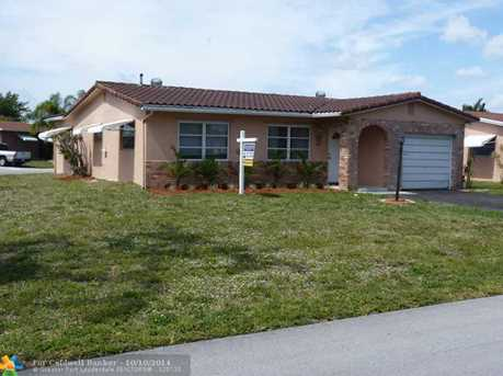 4551 NW 12th Dr - Photo 1
