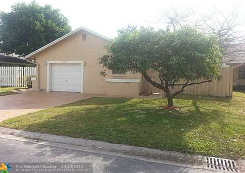 5606 SW 97th Ter - Photo 1