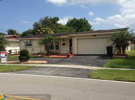 3340 NW 39th St - Photo 1