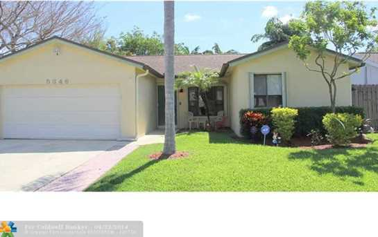 5346 NW 93rd Ter - Photo 1