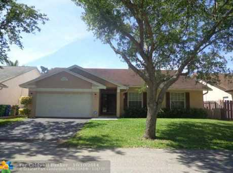 9856 NW 54th Pl - Photo 1
