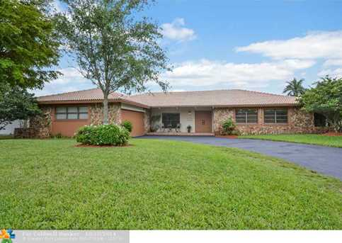10110 NW 39th Ct - Photo 1
