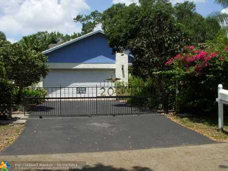 2081 SW 28th Ter - Photo 1