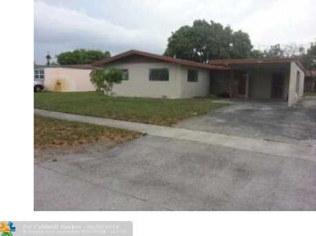 4501 NW 32nd St - Photo 1
